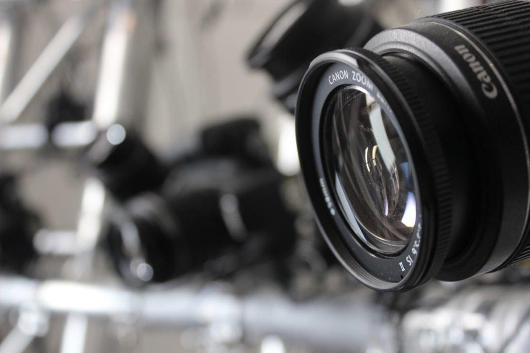 nos caméras numériques, placés à 360 degrés de notre sujet d'étude