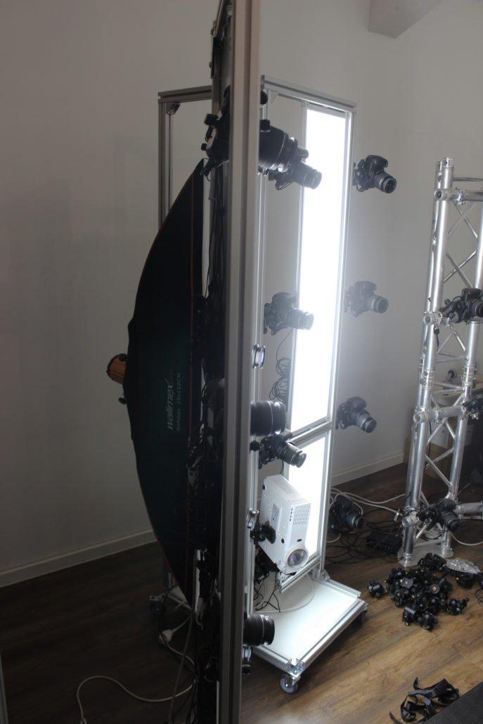 la lumière blanche qui éclairera nos modèle sera apportée par des panneaux de LED
